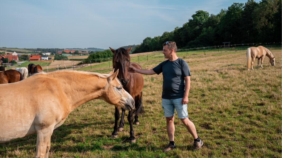 Joachim mit Pferd Navajo